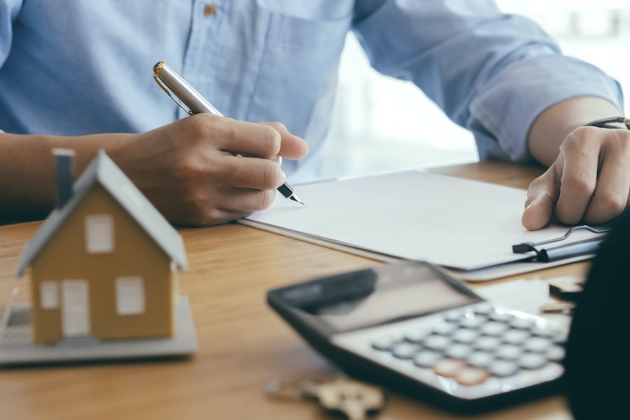 Refinance Your Mortgage and Lock in the Best Rate (How To)